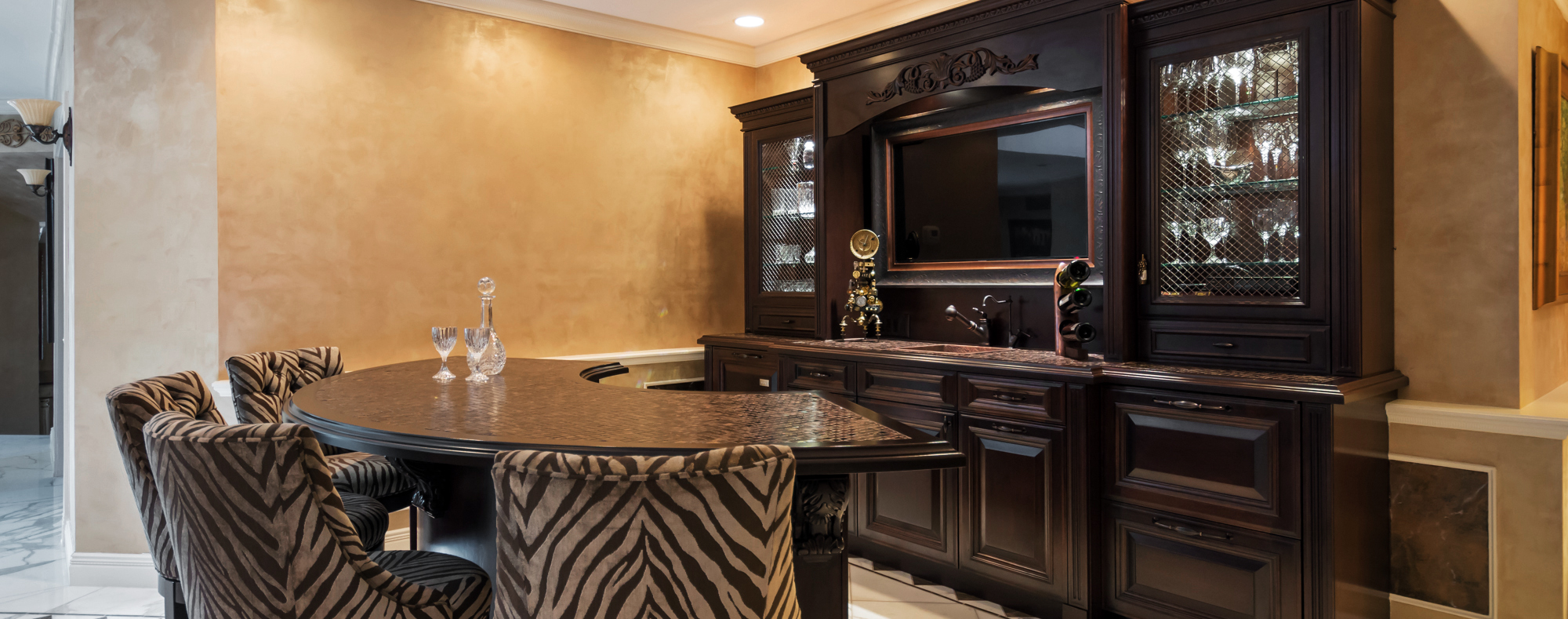 Incroyable Canyon Cabinetry U0026 Design Is One Of Tucsonu0027s Most Respected Kitchen And  Bath Remodelers. We Offer Many Fine Lines Of Cabinetry.