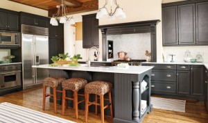 Kitchen Cabinet Design - Island/Bar